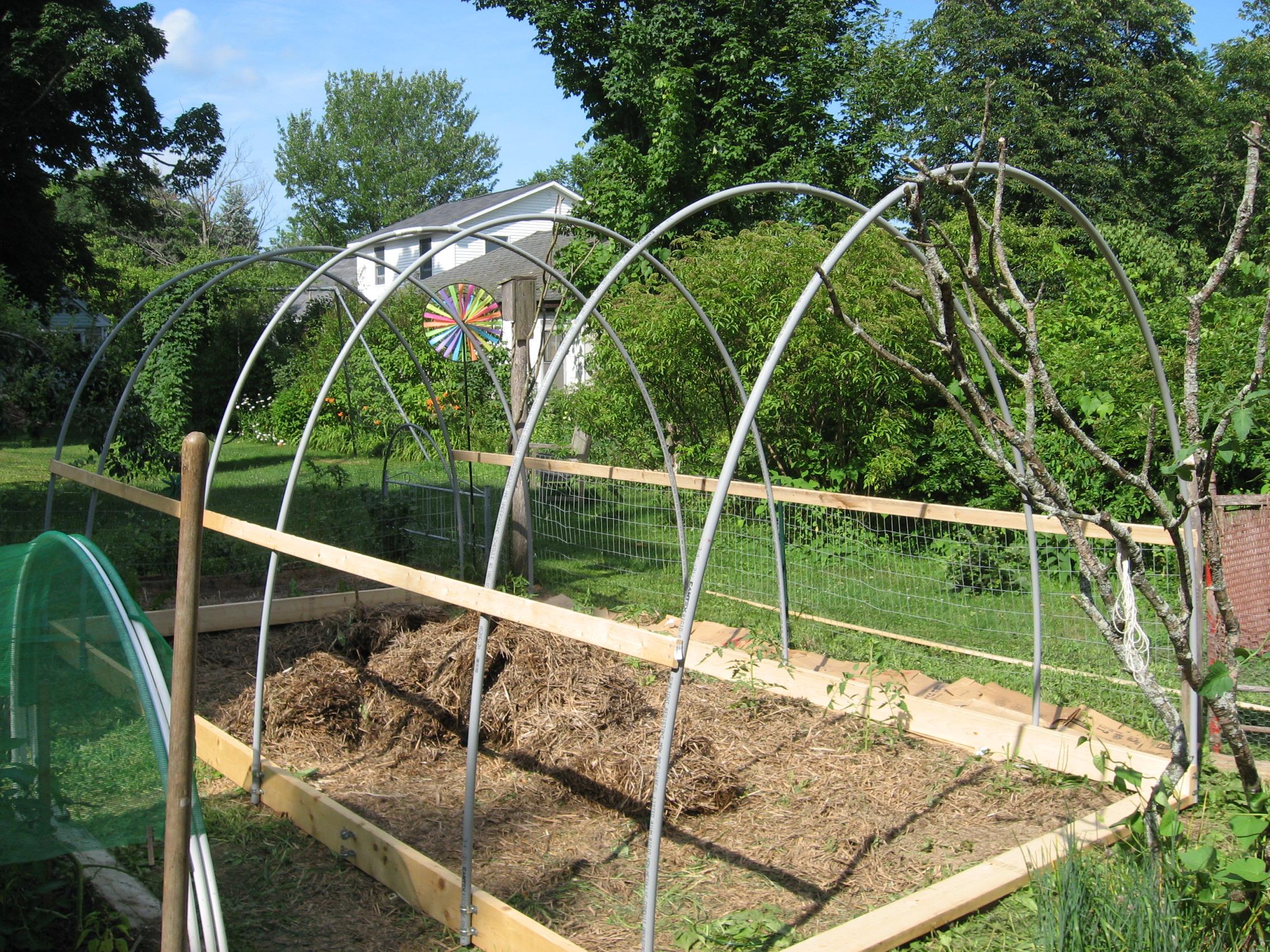 Citaten Hoop House : Pvc hoophouse construction updated henbogle